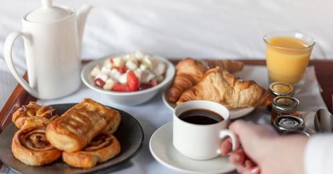 hotel-room-service-1552928505114-1576599493560.jpg