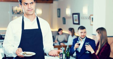 4-waiter-1565106614435-1596801078234.jpg