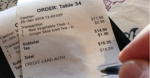 paying-restaurant-bill-picture-id911914914-1549918967583-1549918969548-1601900711159.jpg