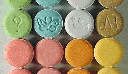 ecstasy_monogramjpgautoformatandcropfacesandfitcropandq60andw736andixlibjs-11-1570102449241.0