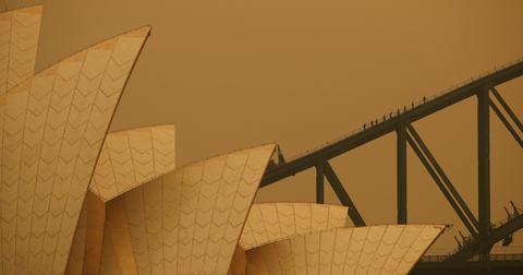 australia-sydney-opera-house-fire-1575650494732.jpg