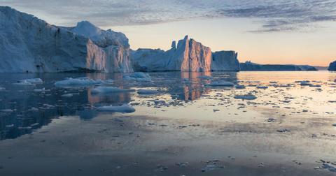 arctic-ice-melting-1602772647038-1603198864174.jpg