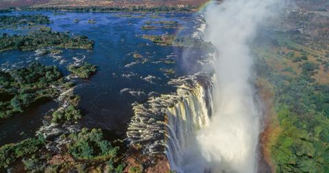 victoria-falls-waterfall-1989-1575994561917.jpg