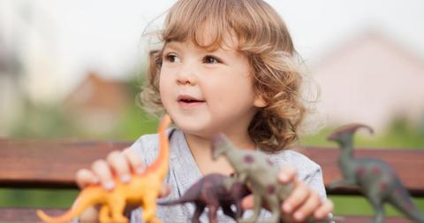 Kids obsessed with dinosaurs are smarter than those who aren't