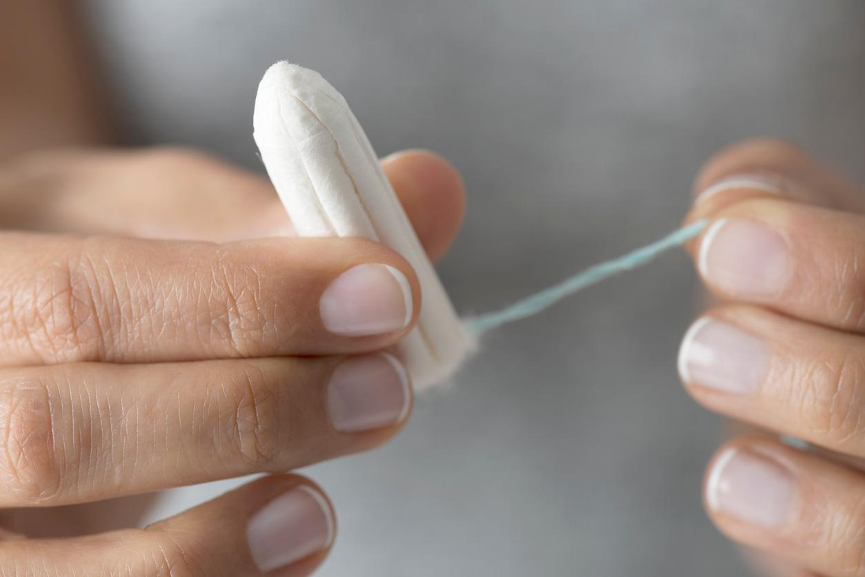 Women are asking their boyfriends what the letters on tampons mean